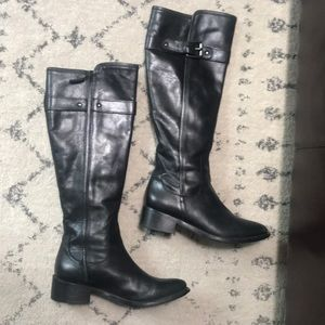 Cole Haan black leather boots EUC